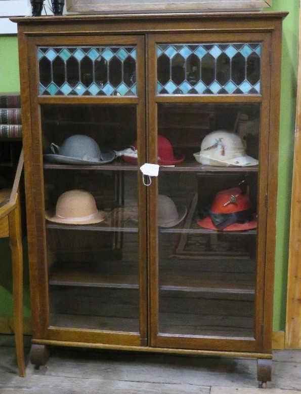 Arts & Crafts-style Oak Bookcase with Leaded-Glass